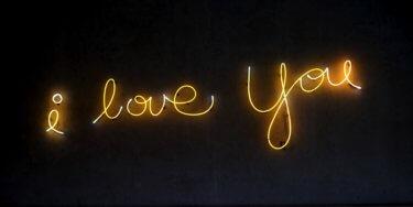 ネット恋愛が本気の恋になる可能性は?本気にさせるための方法3つ
